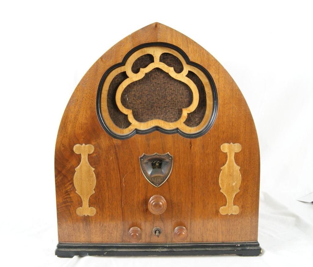 16A: Vintage RCA Aero Cathedral Tube Radio - working Tu