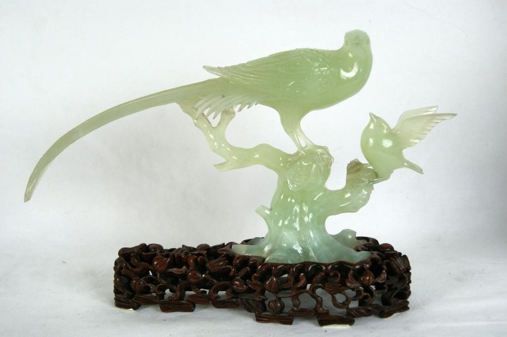 5: Chinese jade carving of bird