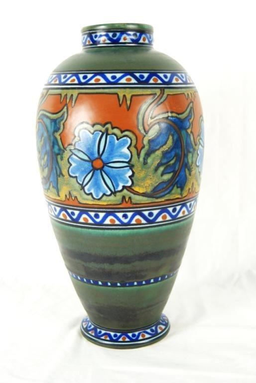 "16: Amphora shape Gouda vase 12"""