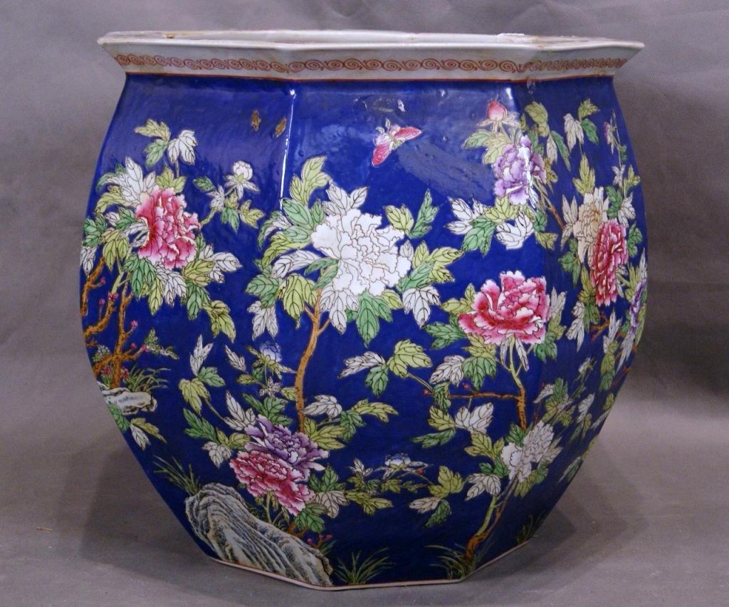 21: Chinese  ceramic fish bowl
