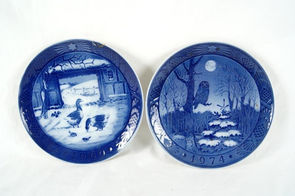 3A: Pair of Royal Coppenhagen Blue & White Collector Pl