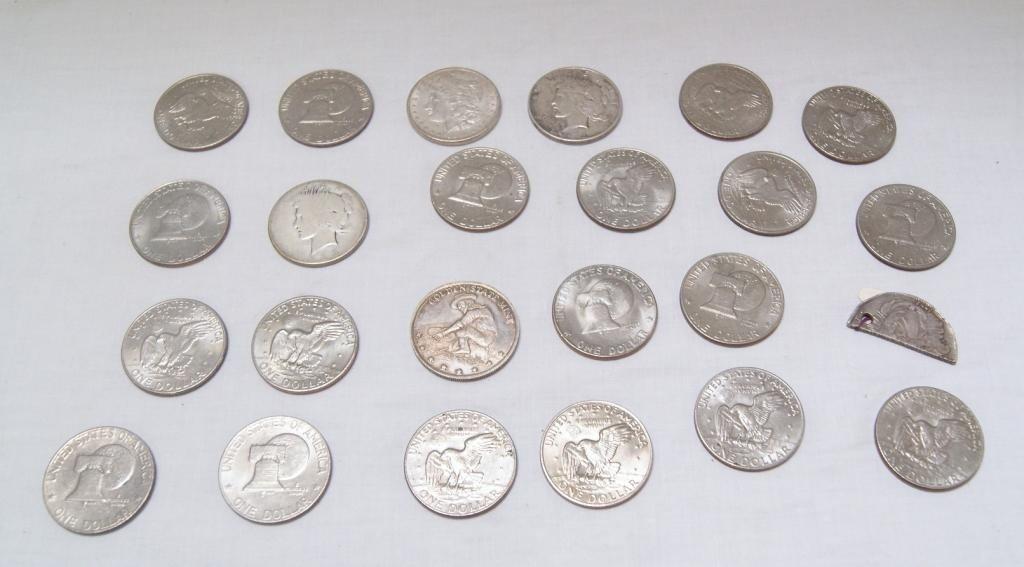 32A: 24 Eisenhower bi-cent. dollars, Morgan silver