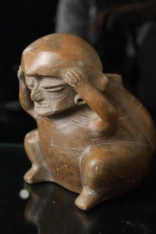 76: Hopewell (Ohio) ceramic figural vessel