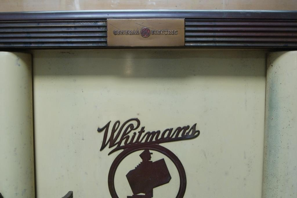 203: Whitman chocolate & candy vintage display cabinet - 4