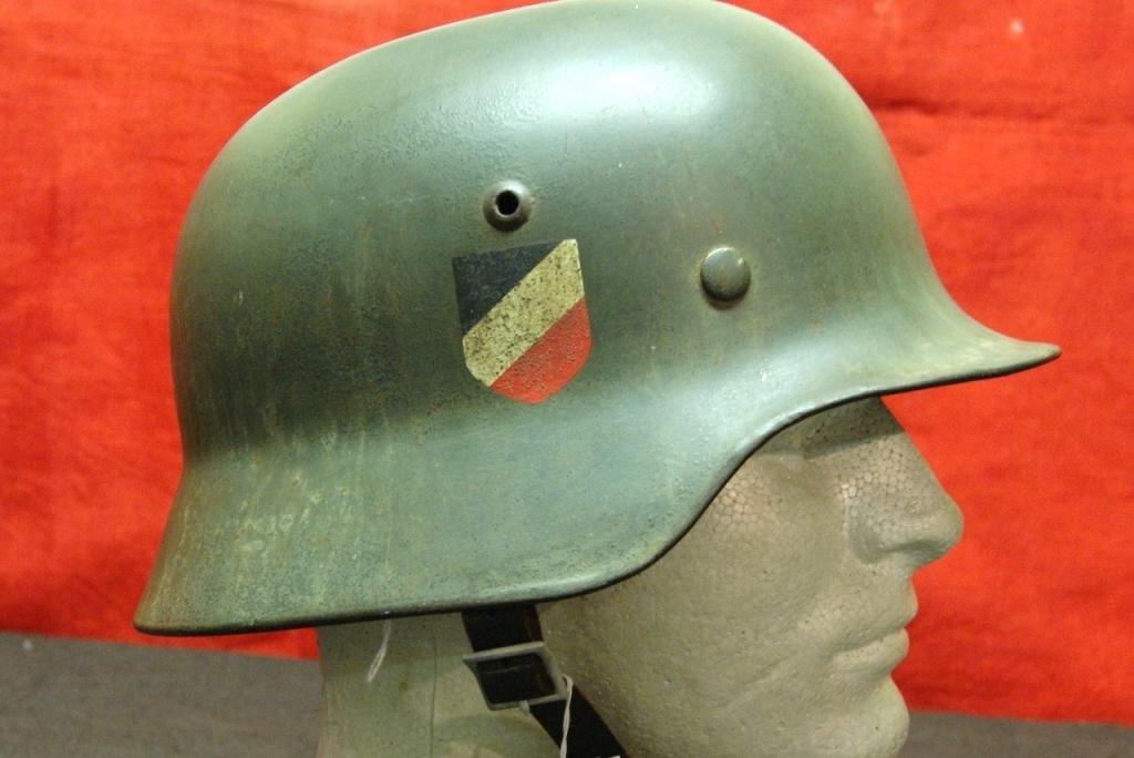 303: WWII German Steel helmet (Stahlhelm) Army