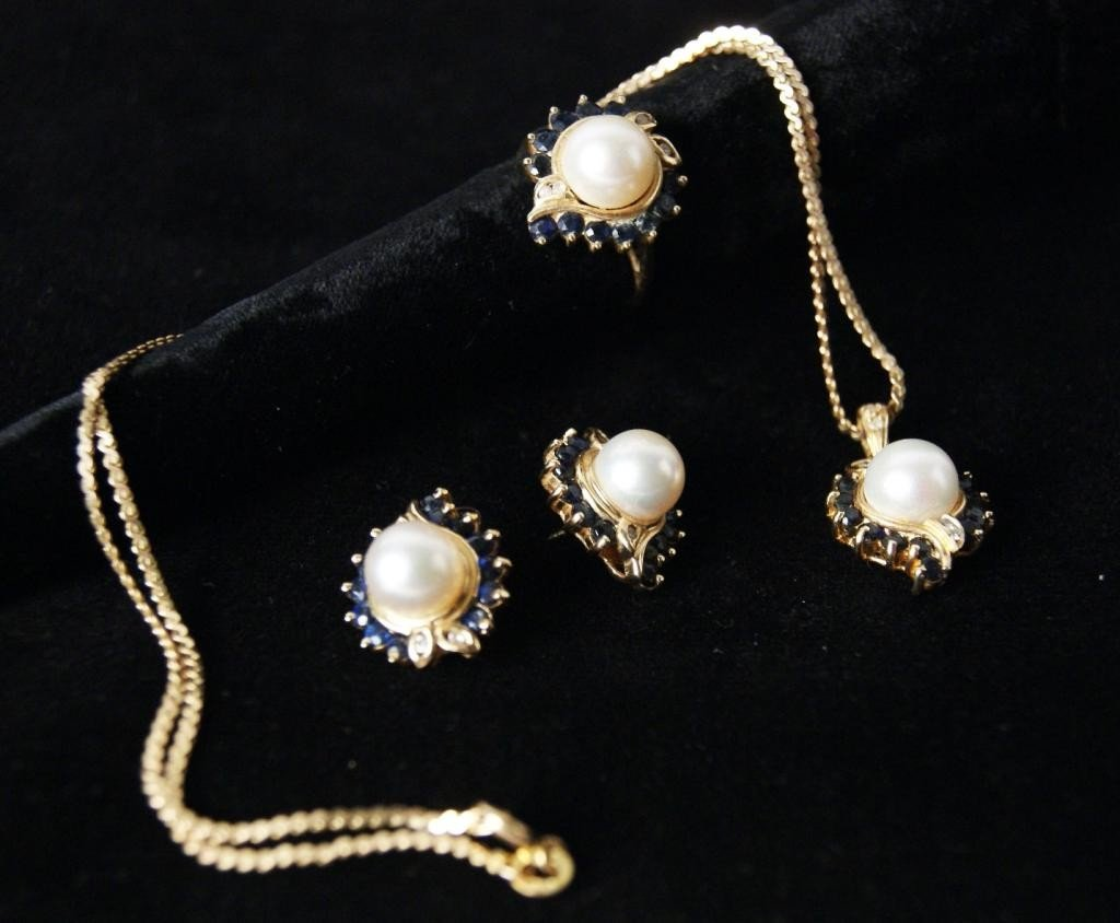 15: 14kt y gold pearl, sapphire and diamond jewelry