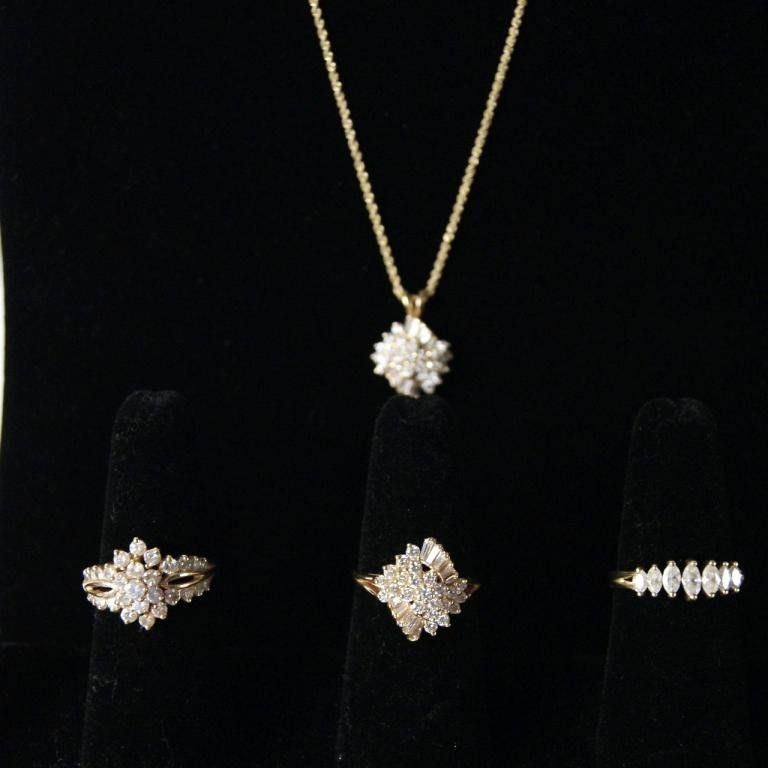 16: 14kt gold group diamond jewelry