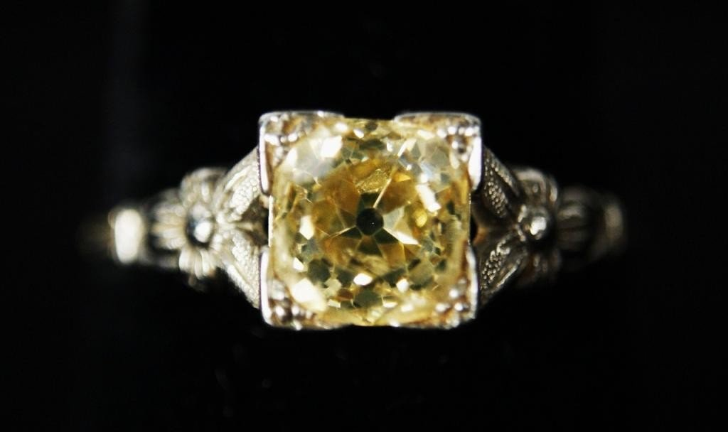200: 18kt wt gold  Art Deco filigree yellow diam ring