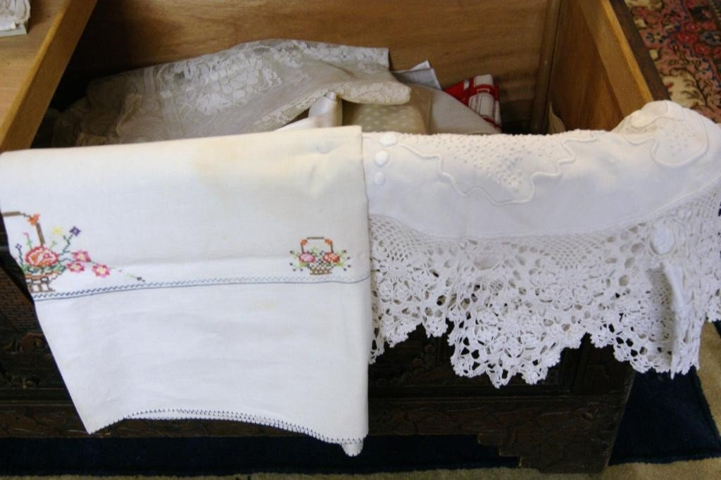 12A: Contents inside chest - Vintage linens