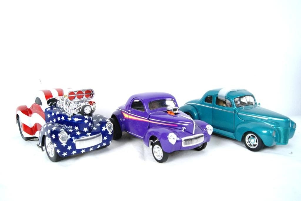 7: Collection of 3 Hotrods die cast 1:18