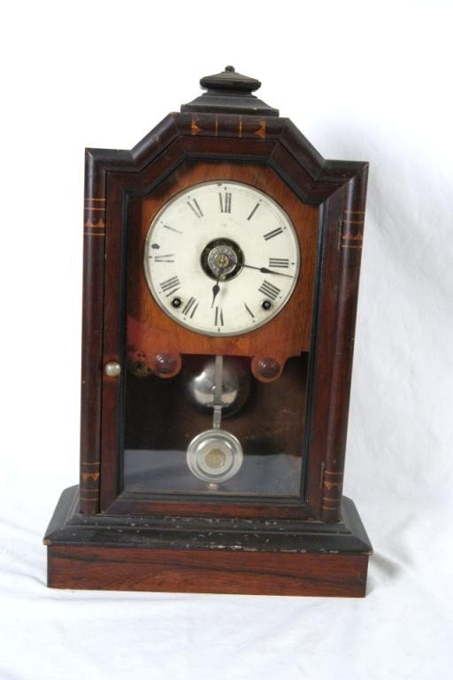 18: Antique French mantle clock w key