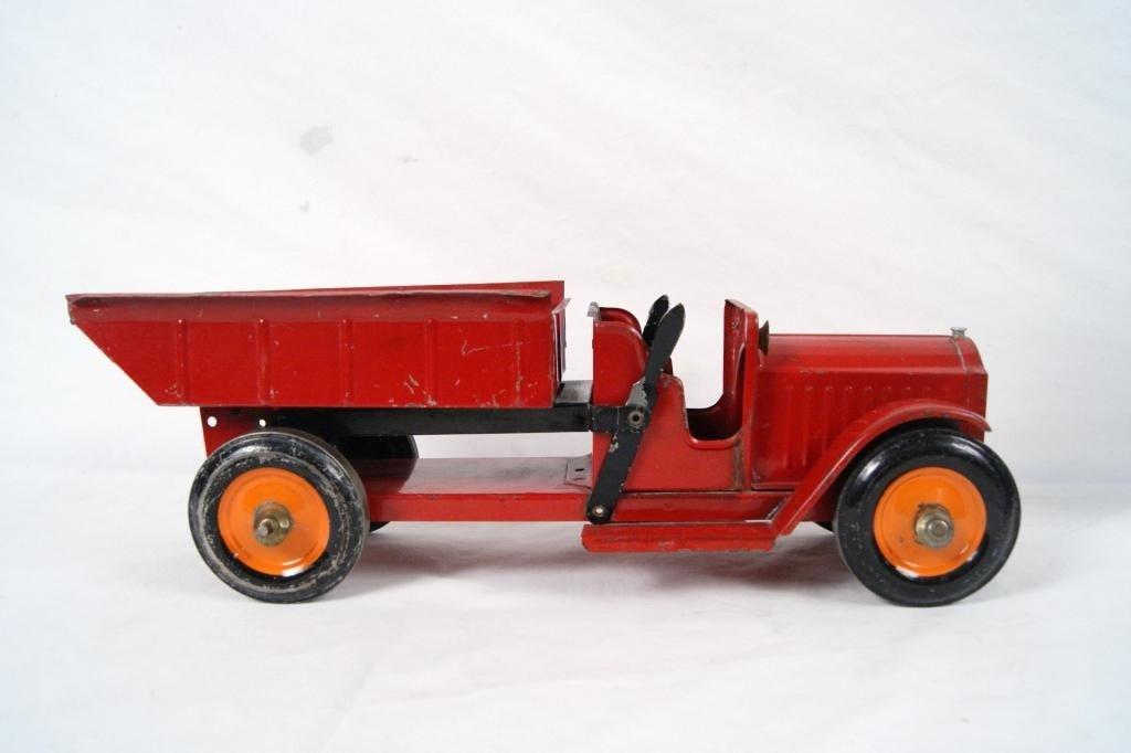 103: Vintage Structo Fire Dump truck