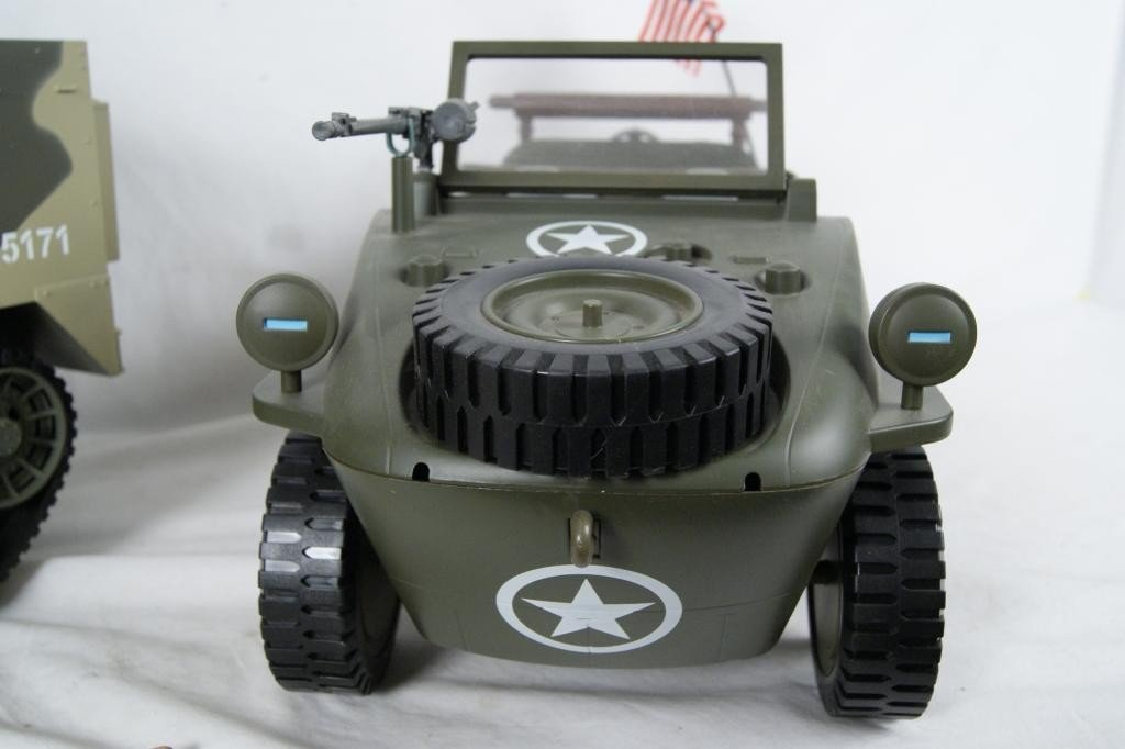 192: Collection of 4 1:6 scale military vehicles GI Joe - 7