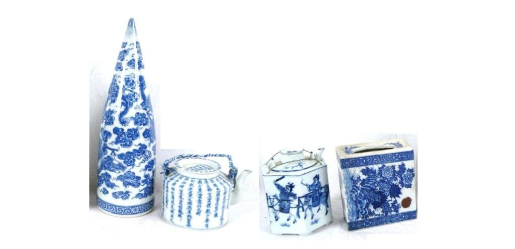 3: Collection of 4 Blue & White Chinese pieces