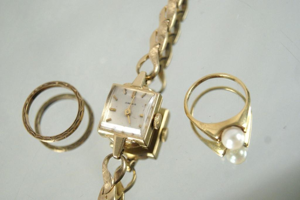 9: 14kt Gold ladies watch, 14kt antique band &14kt