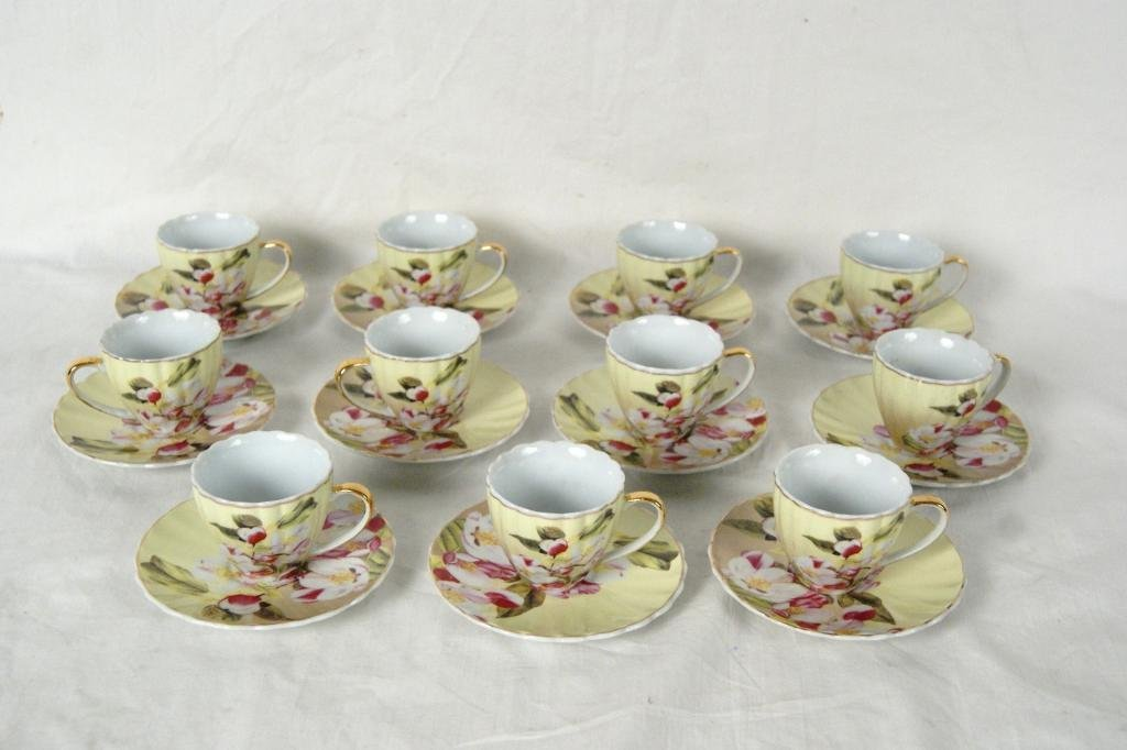 4: Demitasse set - Alpine cuisine Germany - app 21pcs