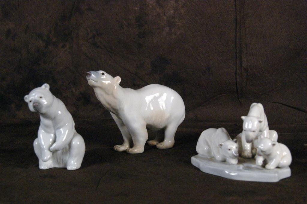 13: Group of 3 Lladro and B&G polar bears