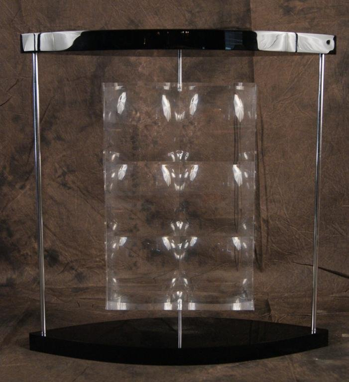 19: Art modern acrylic optical sculpture -