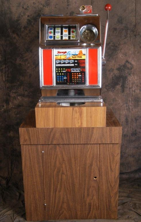"68: 5c ""Harvey's Wagon Wheel"" slot machine"