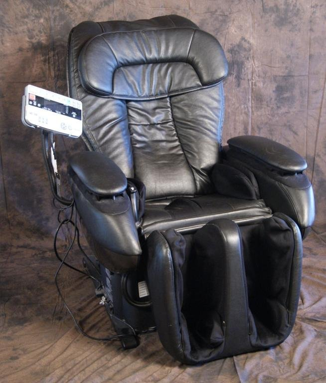 69: Panasonic RealPro Elite Massage Chair EP3513