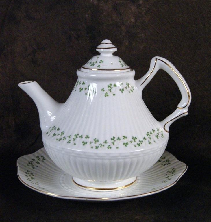 "125: Irish ""Royal Terra"" bone china clover tea set - 3"