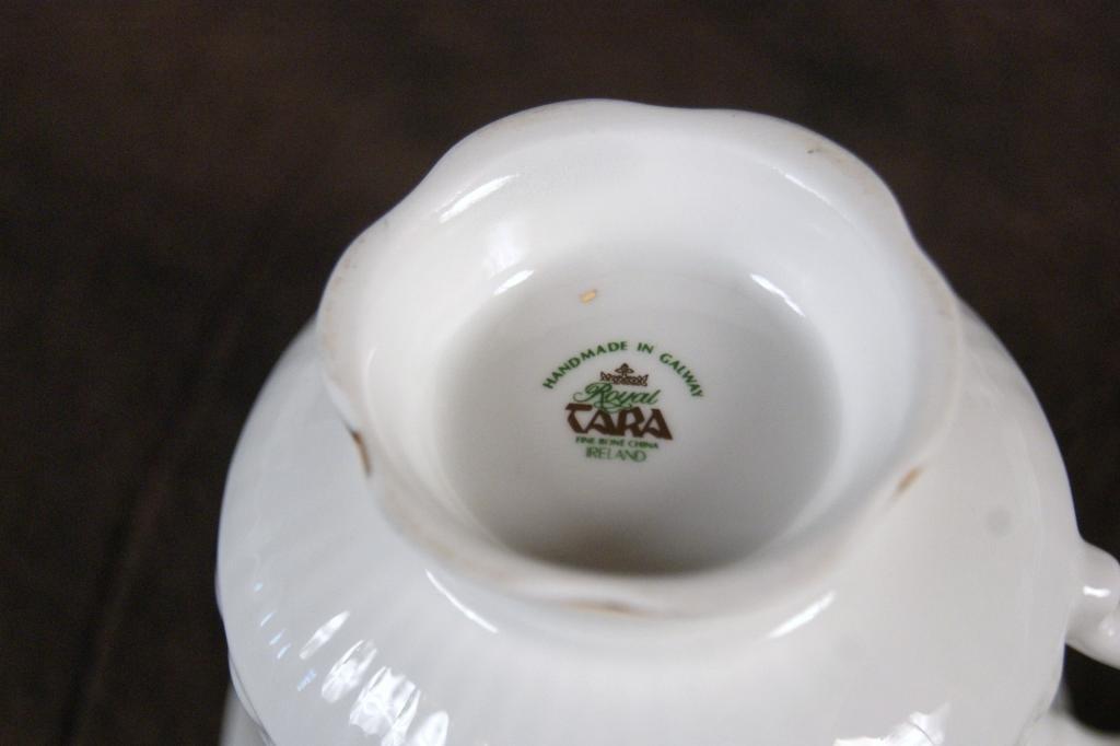 "125: Irish ""Royal Terra"" bone china clover tea set - 4"