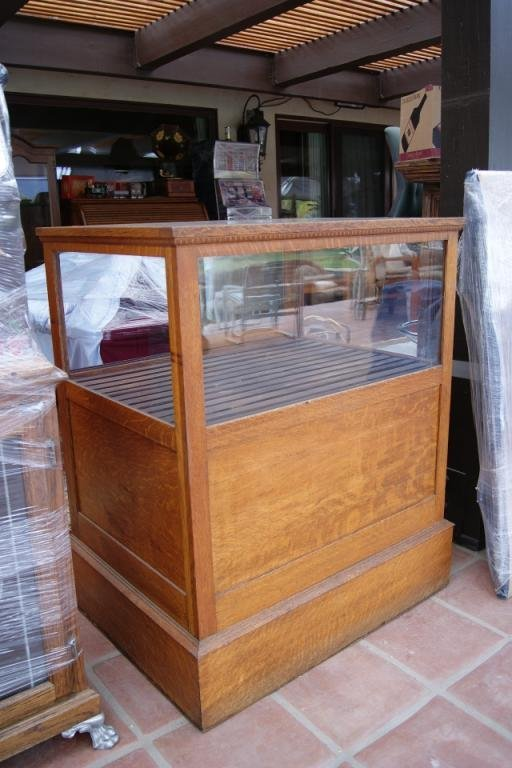 74A: Antique Oak Cigar Case display
