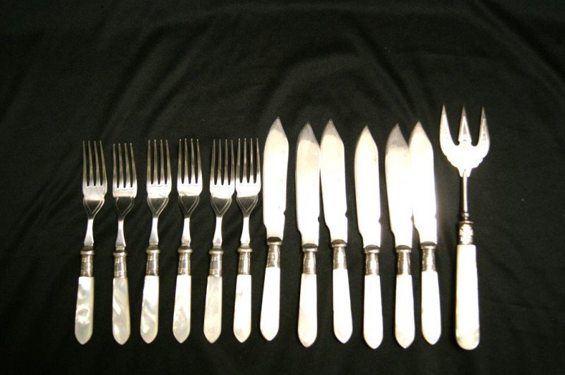 1: Mother of pearl Flatware 13pc pc fish set