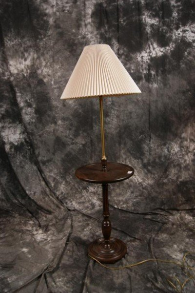 253: Round wooden table lamp - 2