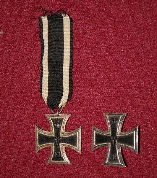 422A: 2 Silver Iron Crosses WWI