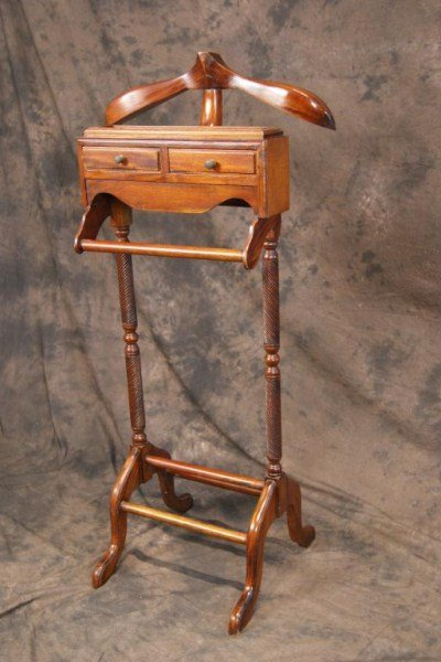 6: Mahogany Chippendale style Valet