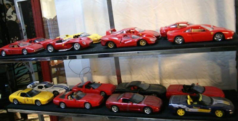 422A: Collection of 16 1:18 Exotic toy sports cars