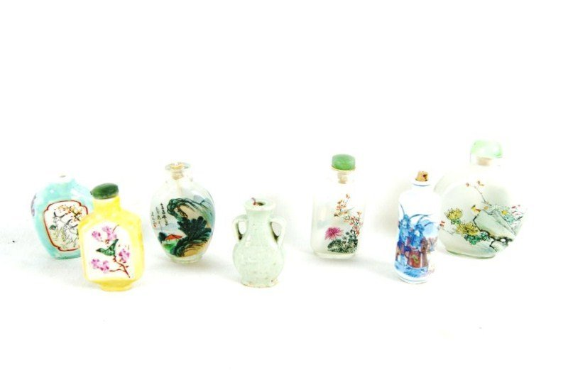 13: Lot of 7 Chinese snuff bottles