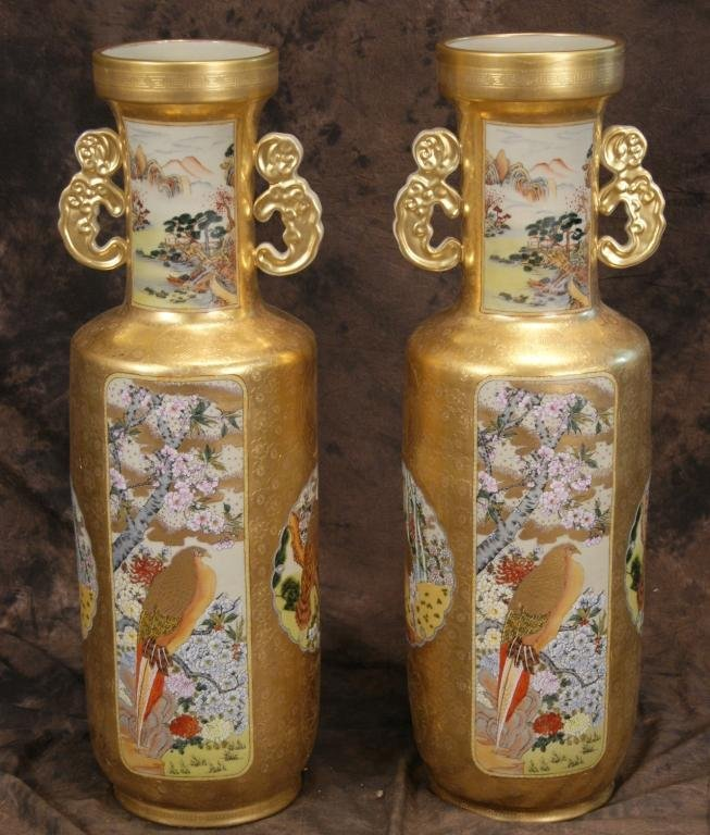Pair fine Japanese Satsuma tall vases early 20th