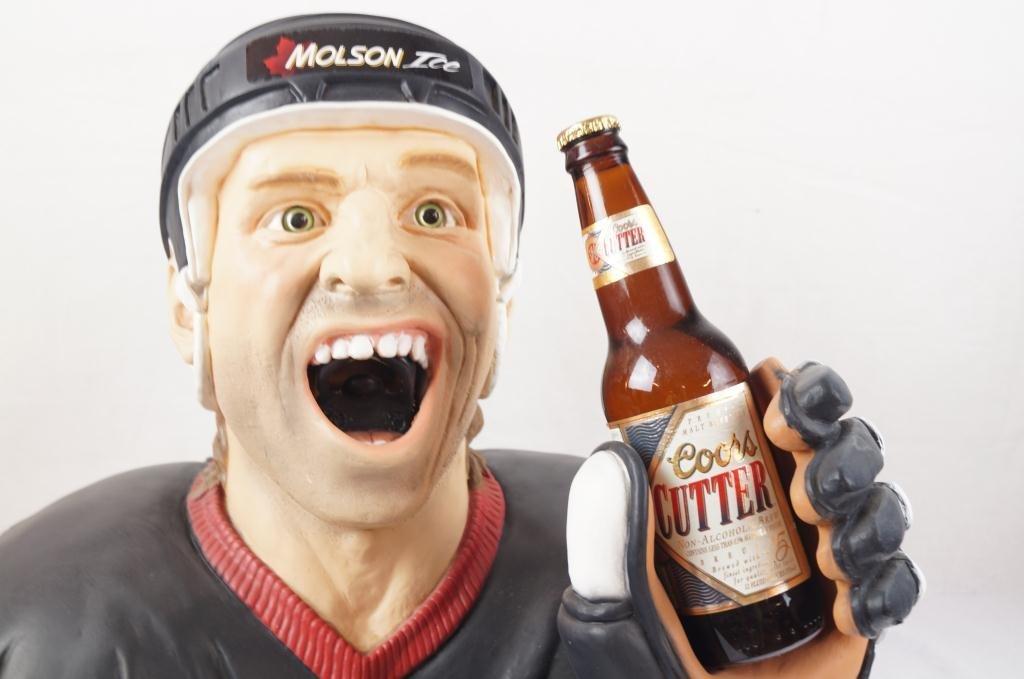 Molson Ice Hockey Player bust bottle opener - 3