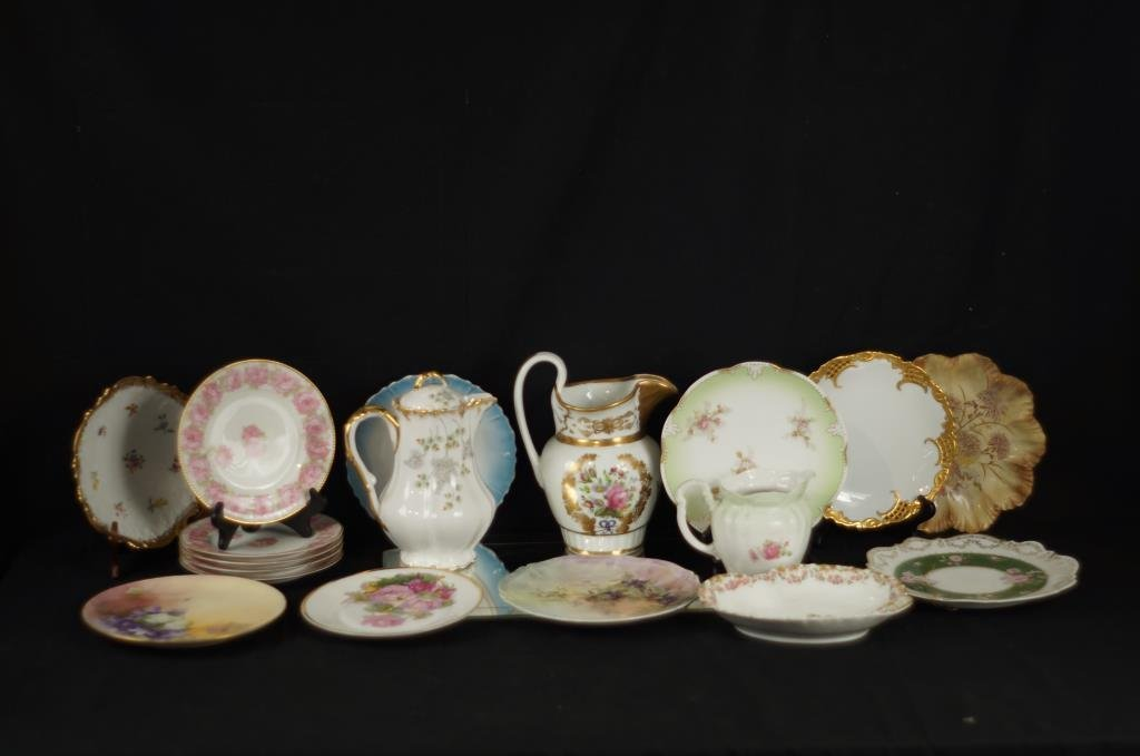 Collection of porcelain china plates & 3 pitchers