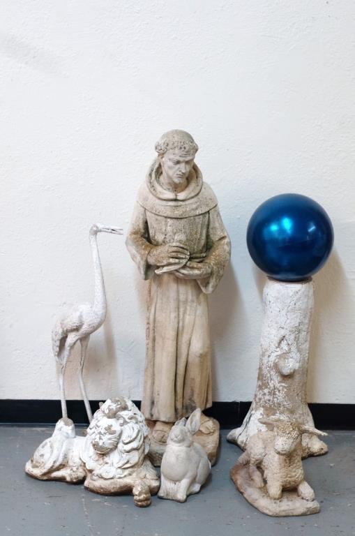 San Francisco Garden Statue, animals & Orb