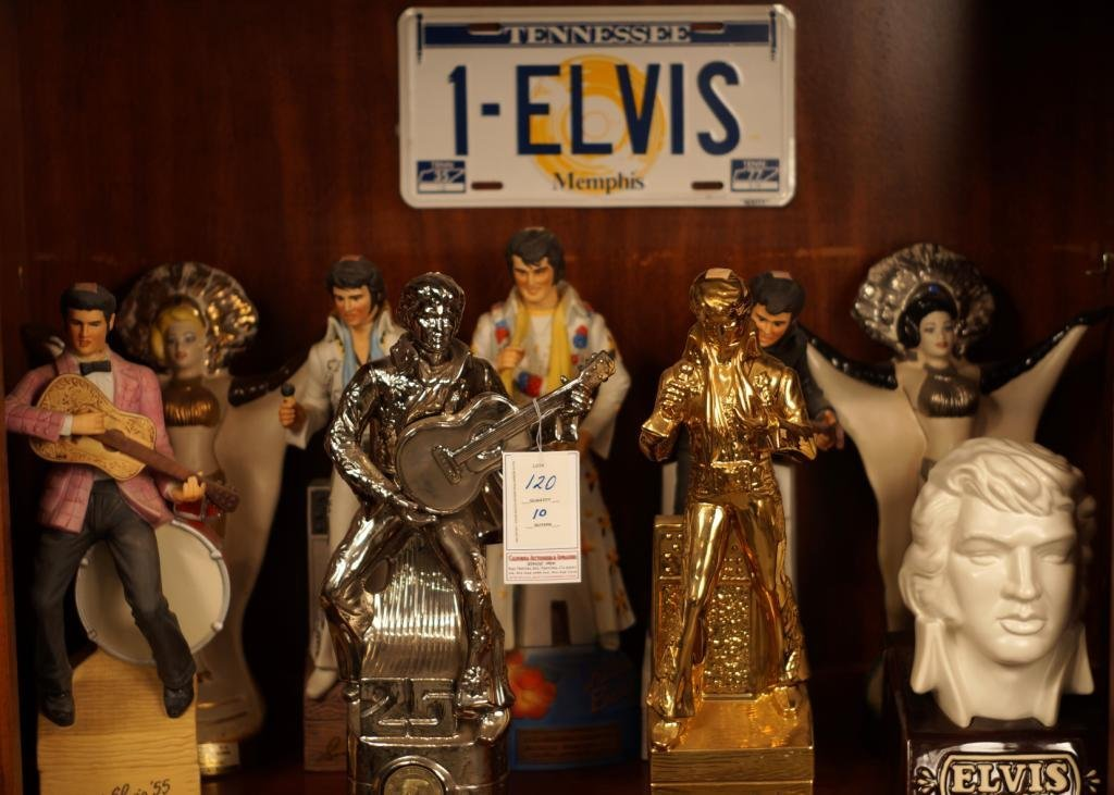 "Collection Vintage Jim Beam ""Elvis""  decanters"