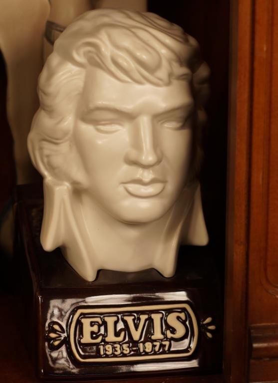 "Collection Vintage Jim Beam ""Elvis""  decanters - 3"