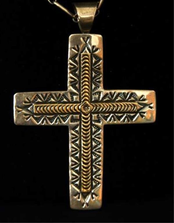 14 kt Gold & Sterl Navajo cross w chain signed RT