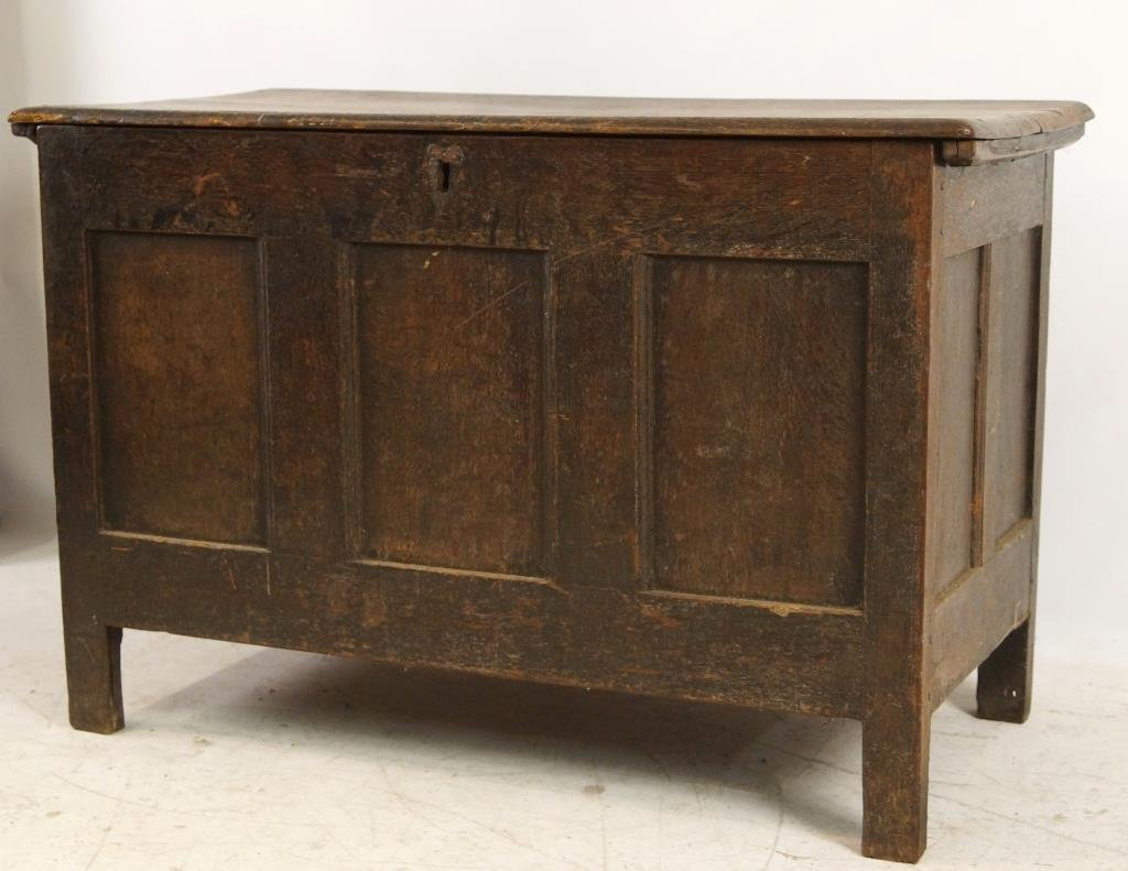 18th/19th cent Spanish Oak Blanket chest - 2