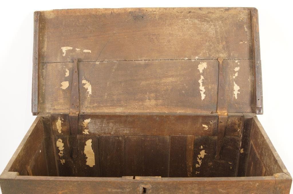 18th/19th cent Spanish Oak Blanket chest - 6