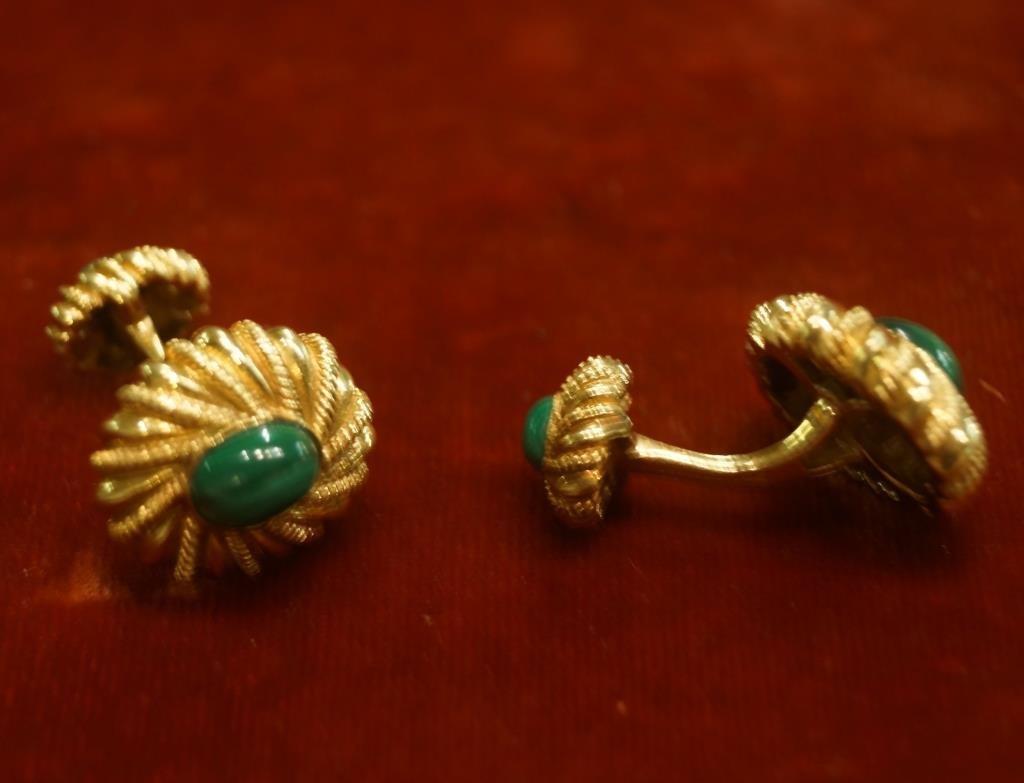 Tiffany 18kt Gold Gents cufflinks with Malachite - 3