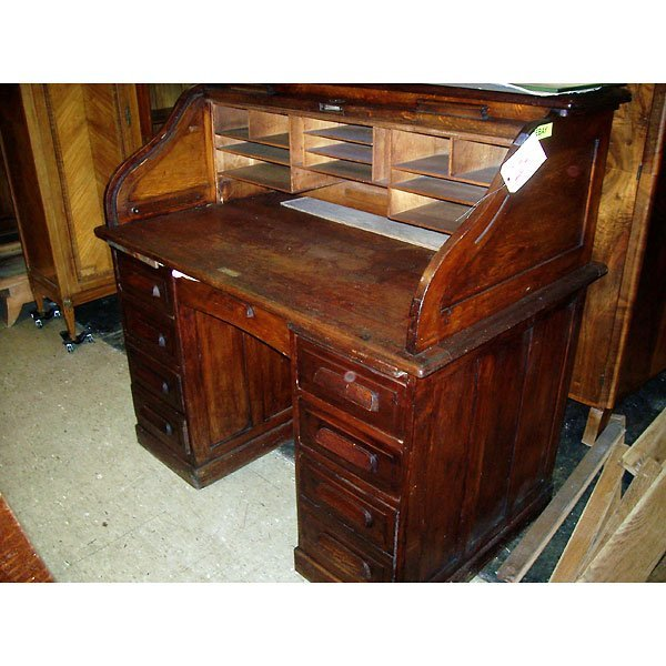3017: Antique Roll top Desk