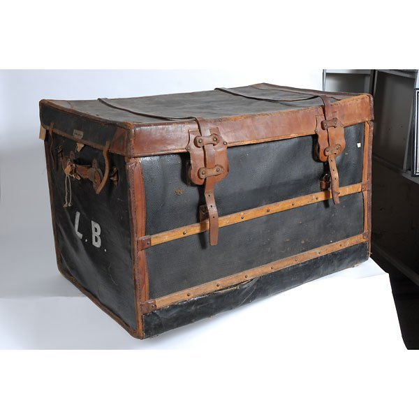 3032: Antique Leather two-tone black/brown chest Trunk - 2