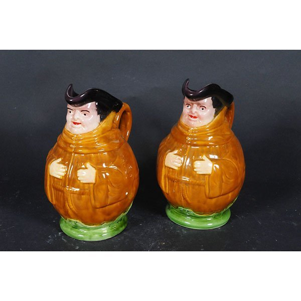 4002: Set of 2 ceramic ship captain pitcher with handle