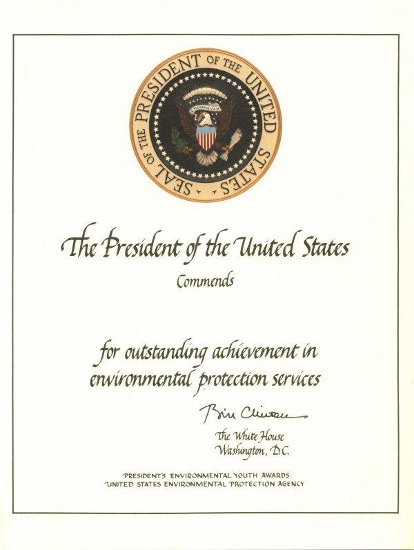2018: Certificate [Clinton] Presidential Memorabilia UA