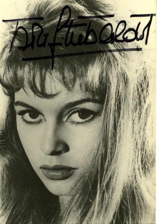 3048: Brigitte  Bardot  Signed Photo UACC PADA