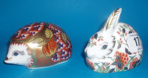 17: Royal Crown Derby Paperweights Meadow Rabbit And Or
