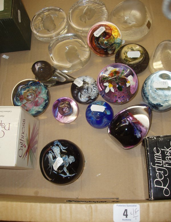 4L: A Collection Caithness Glass Paperweights Including